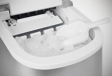 Andrew James Compact Countertop Ice Maker : Transfer ice from the ice bin to the freezer so the machine can ...